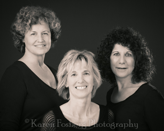 headshot-portrait-3-females-black-white